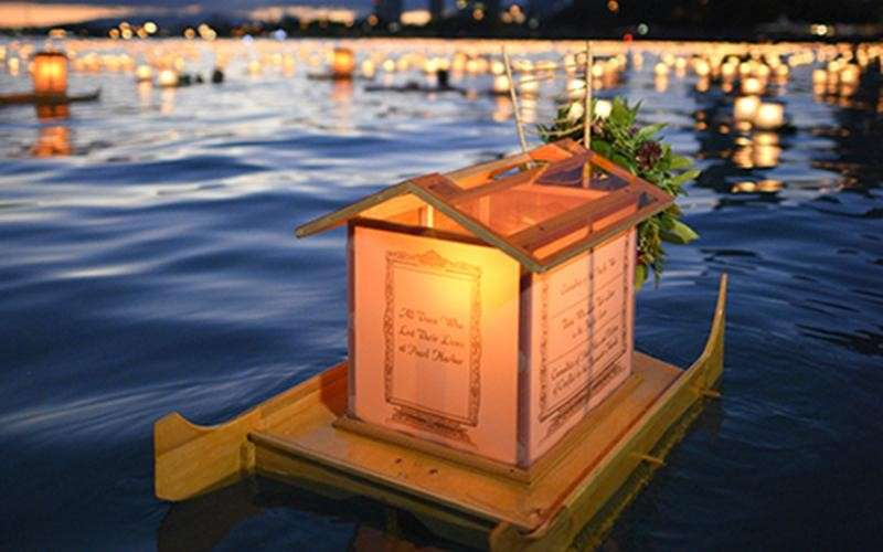圖說:在夏威夷,水燈祈福活動的參加人數已超過5萬人(圖/真如苑官網)