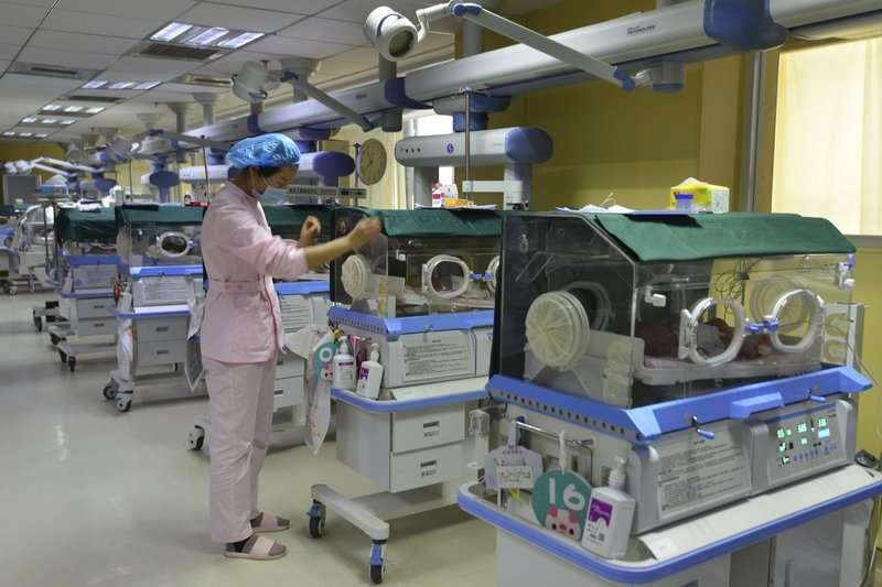 中國過去實施一胎化36年,到2016年才解禁但為時已晚。(AP)