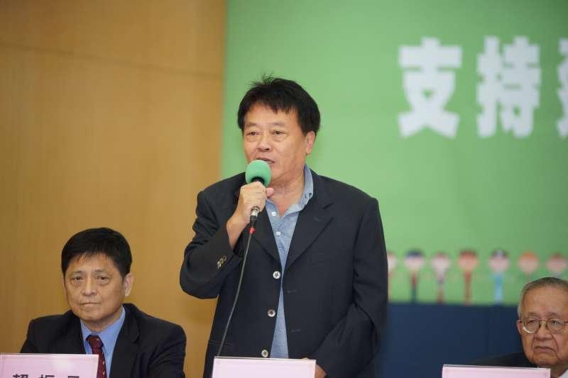 20191105-台灣國家聯盟5日召開「支持蔡英文總統連任」記者會,台聯黨主席劉一德發言。(盧逸峰攝)