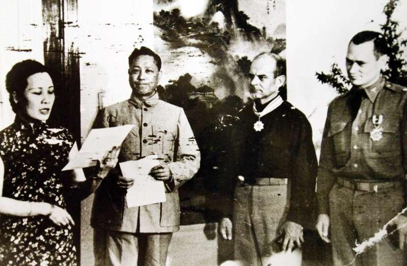 為了拯救杜立德與他的68名部下,浙江人民付出了慘痛的代價,而浙江正是蔣委員長的故鄉,想必他內心更是格外感到煎熬與難受。(作者提供)