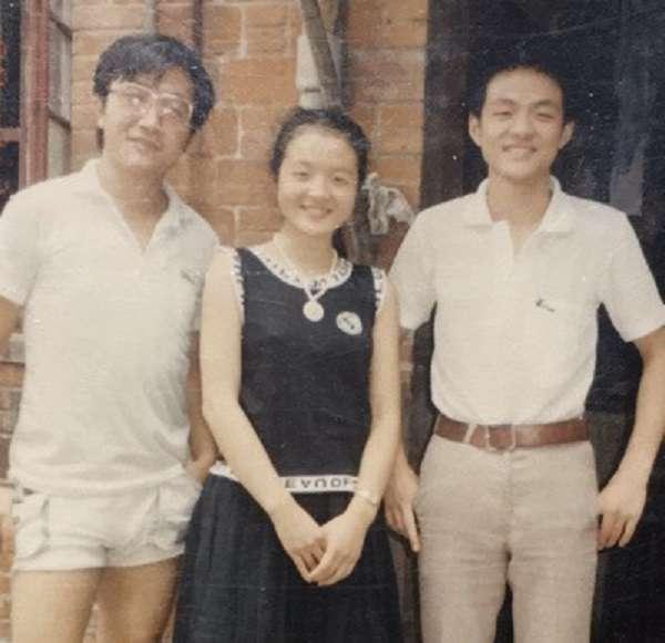 右起:鄔翔、鄔冰心、馮斌。(作者提供)