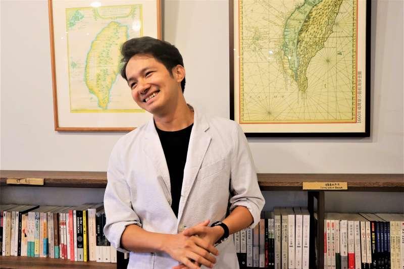 越南男生杜海勇來台留學後,愛上台灣,希望推廣越南人對台灣的印象,並與台灣數位外交協會合作開設Taiwan Corner 公民外交咖啡館。(蔡娪嫣攝)