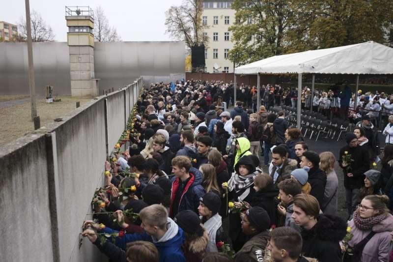 2019年11月9日,柏林圍牆倒塌30周年。(AP)