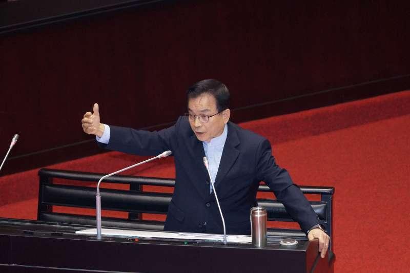20191112-立委賴士葆12日出席立院院會質詢。(盧逸峰攝)