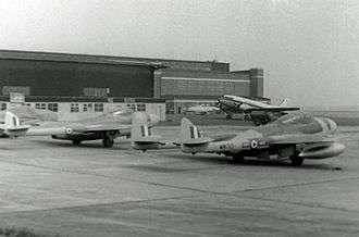 皇家空軍25大隊的吸血鬼戰鬥機,攝於1954年。(取自維基百科)