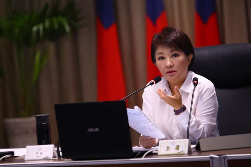 台中市長盧秀燕在市政會議中強調推動光電3倍增長,積極打造綠能永續。(圖/臺中市政府提供)