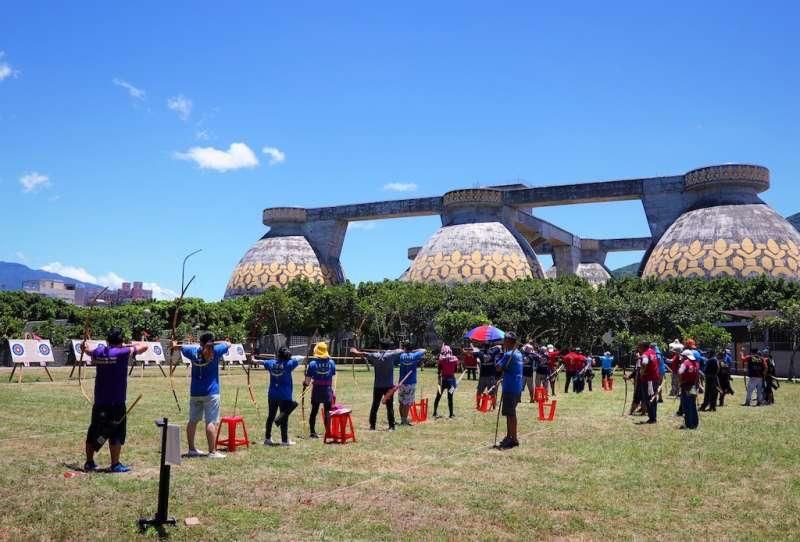 十三行博物館2020年將規劃於考古公園、陽光廣場,結合原民文化成為特色射箭場。  (圖/新北市十三行博物館提供)