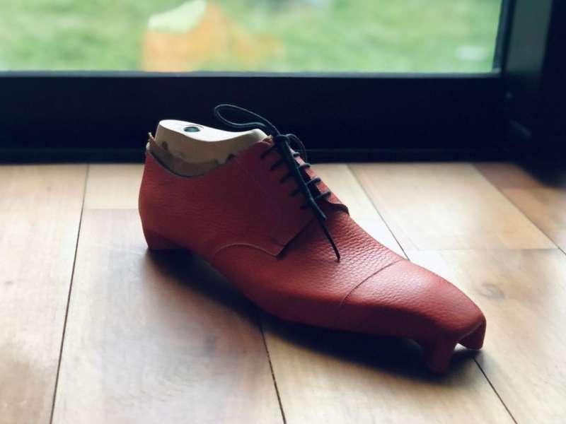 Bespoke鞋款。(圖/Calzoleria_di_Emi官方IG)