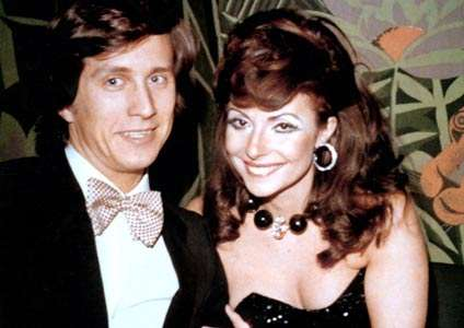 Gucci家族第三代的莫里吉奧(Maurizio Gucci)與派翠吉雅.雷吉亞尼(Patrizia Reggiani)高調結婚,成為時尚圈的佳偶(圖/Wikipedia)