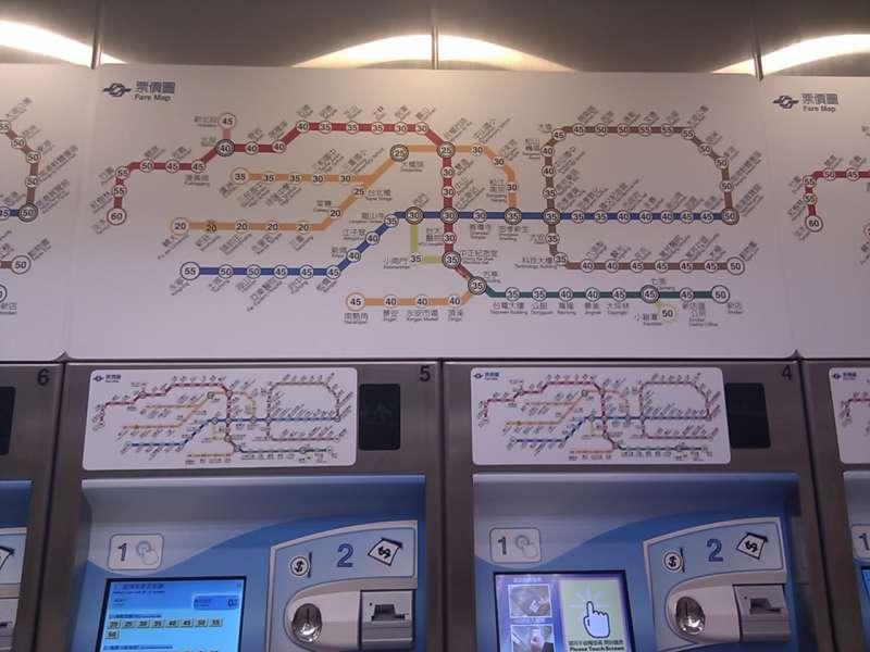 2012年的捷運路線圖。(圖/維基百科)