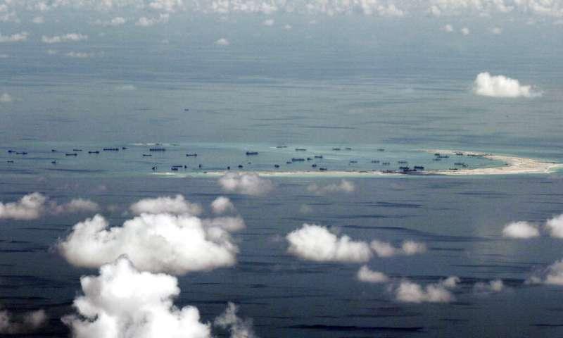 南海南沙群島的美濟礁。(美聯社)