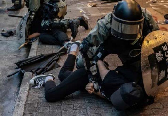 非政府組織CIVICUS和區域人權組織亞洲論壇(Forum-Asia)合作發布2019年《受威脅的公民力量報告》,香港警察暴力受矚目。(截自報告)