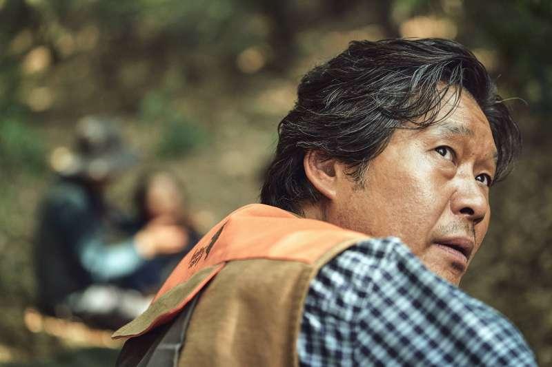 劉宰明在《復仇母親》中飾演反派洪警長,大飆演技(圖/双喜電影)