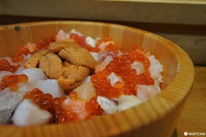 m10 國產海膽的海鮮ひつまぶし 3280日幣含稅。(圖/matcha)