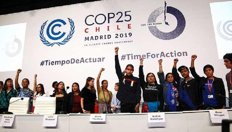 通貝裡邀請多位「週五為未來」運動的「氣候罷課者」舉行聯合發佈會。圖片來源:Flickr / UNclimatechange