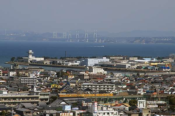 1988年瀨戶大橋通車之後,連結本州與四國的交通,由原本的連絡船,改為鐵道與公路為主。圖/想想論壇