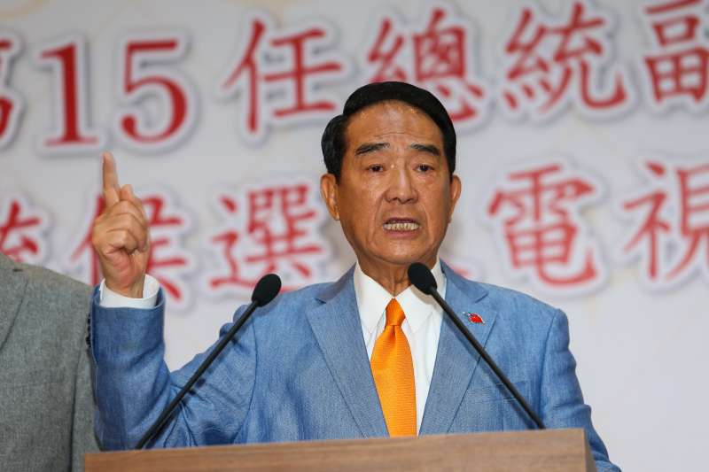 20191225-親民黨總統候選人宋楚瑜25日於總統候選人政見發表會後,接受媒體聯訪。(顏麟宇攝)