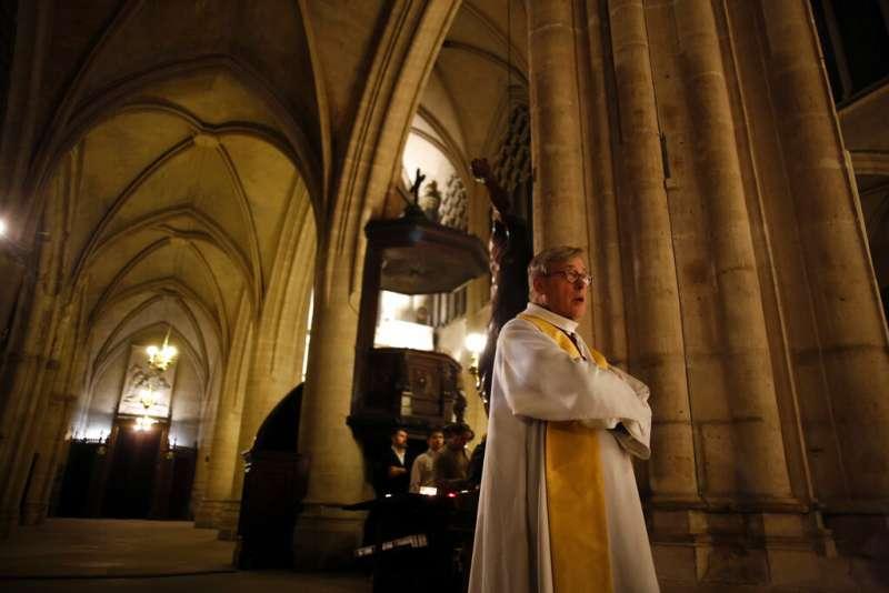 巴黎聖母院(The Notre Dame Cathedral)主教肖維(Patrick Chauvet)。(AP)