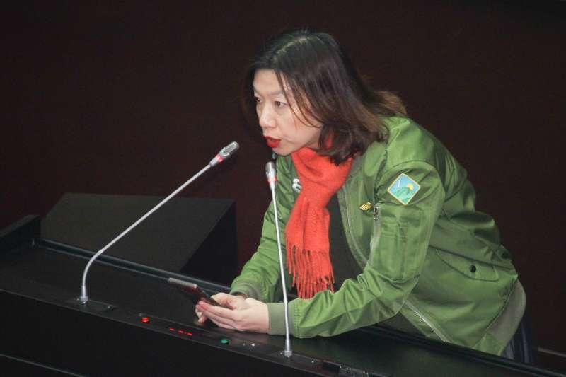 20191231-立法院9屆8會期15次會議對「反滲透法」草案進行討論,圖為民進黨立委林靜儀進行發言。(蔡親傑攝)