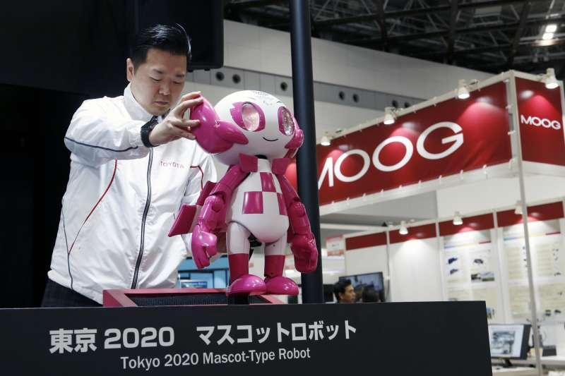 2020年東京奧運,擬人機器人「T-HR3」將派上用場。(AP)