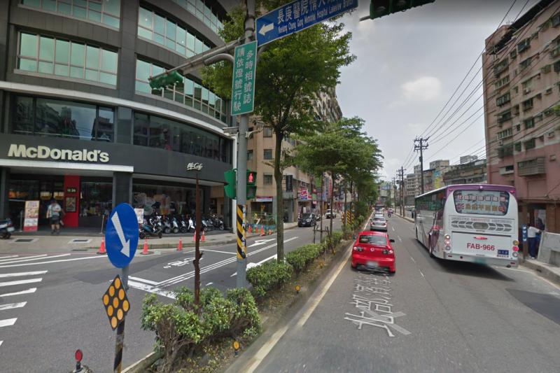 大武崙一帶客運班次多。(圖/取自Google街景)