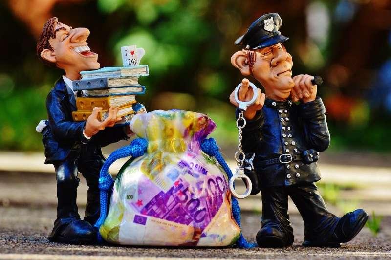 善用保險制度,可增加抵免稅額,善加節稅。(圖/ pixabay)