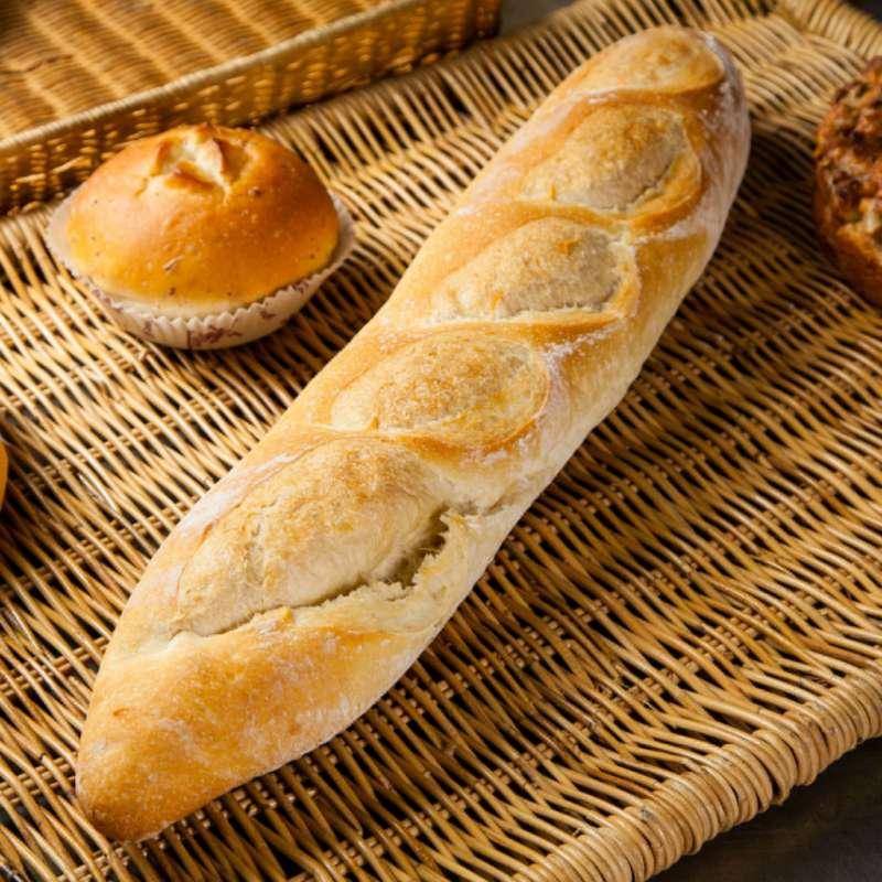 法國國民傳統長棍麵包,竟然能用來除喉頭魚刺。(圖/ 木村屋烘焙坊)