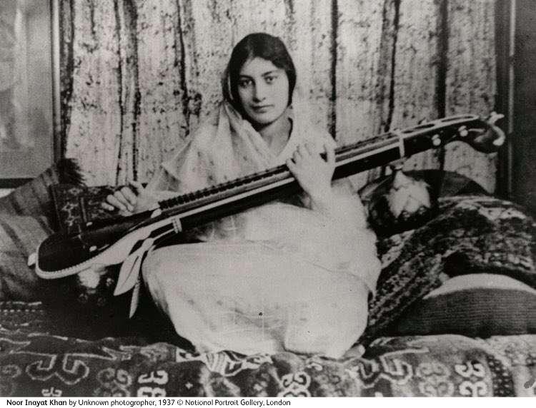 努爾·艾娜雅特·汗(圖/取自英國國家肖像館檔案庫)