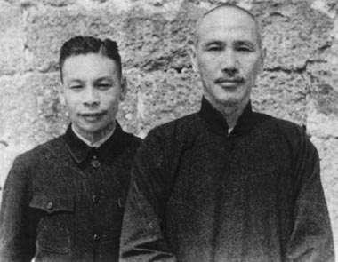 20200117-兩蔣時代指中華民國歷史上的兩位著名總統,即蔣中正(右)和蔣經國(左)。(資料照,取自維基百科)