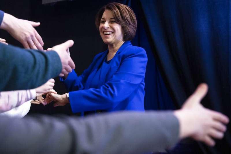 美國2020總統大選、新罕布夏州總統初選12日揭曉,民主黨明尼蘇達州聯邦參議員克羅布夏拿下第三高票。(AP)
