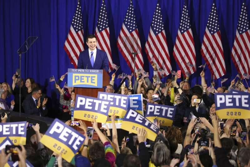 美國2020總統大選、民主黨新罕布夏州總統初選12日揭曉,印第安納州南本德市前市長布德賈吉拿到第二高票。(AP)