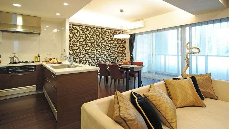 豪宅似乎不在住多高,內部奢華裝潢可能是必備條件。(圖片來源:PIXTA)
