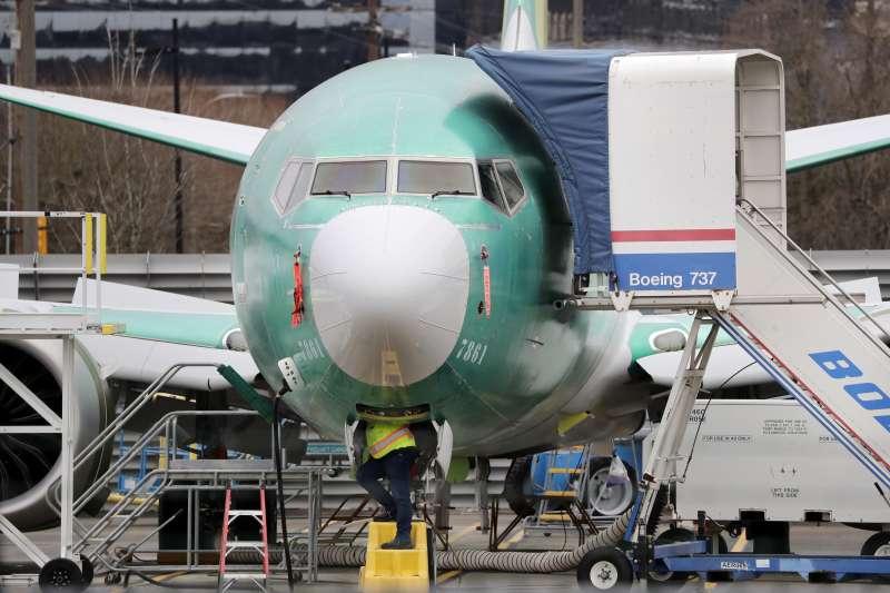 由於多重因素,波音公司飛機銷售慘淡,更擔心因武漢肺炎危機而延遲交貨。(AP)