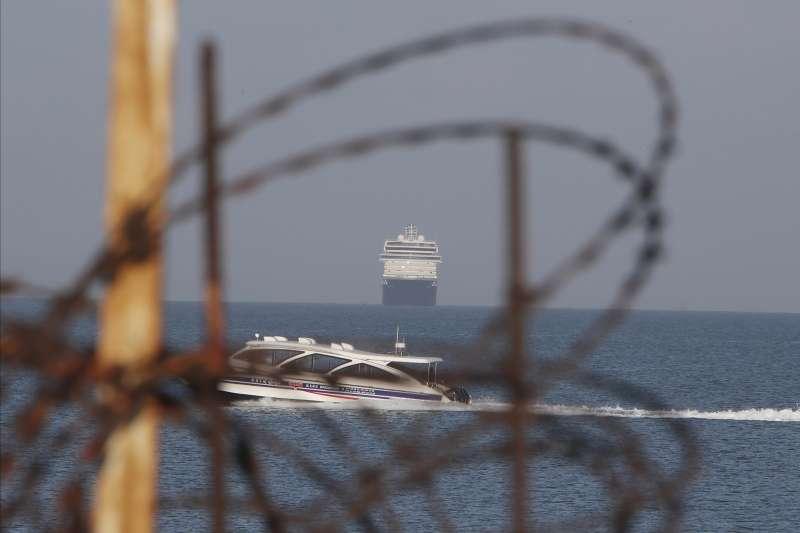 受武漢肺炎危機影響的郵輪「威士特丹號」,已停泊柬埔寨結束海上漂流。(AP)
