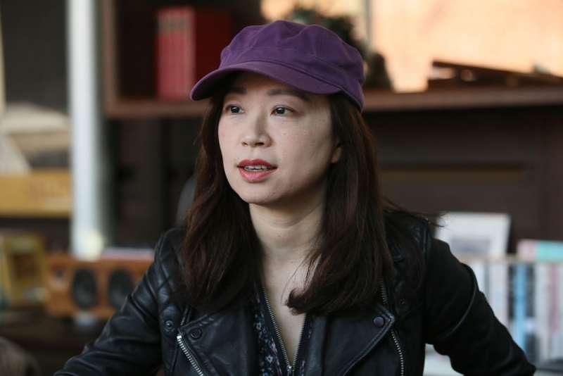 關於白恐時代印象,胡淑雯說:「最劇烈的是調教口音,我的舌頭像是被修剪過的。」(柯承惠攝)