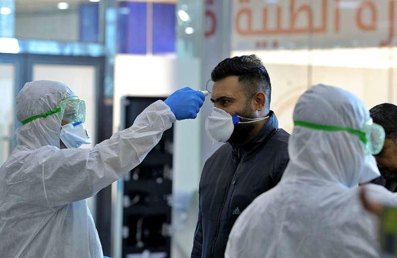 伊朗的武漢肺炎確診案例快速增加,鄰國伊拉克關閉陸路邊界、加強機場檢疫。(AP)
