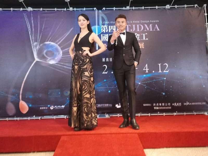 TFA模特兒展現熱情,舞台上秀出力與美的自信步伐。(圖/王芸軒攝影)