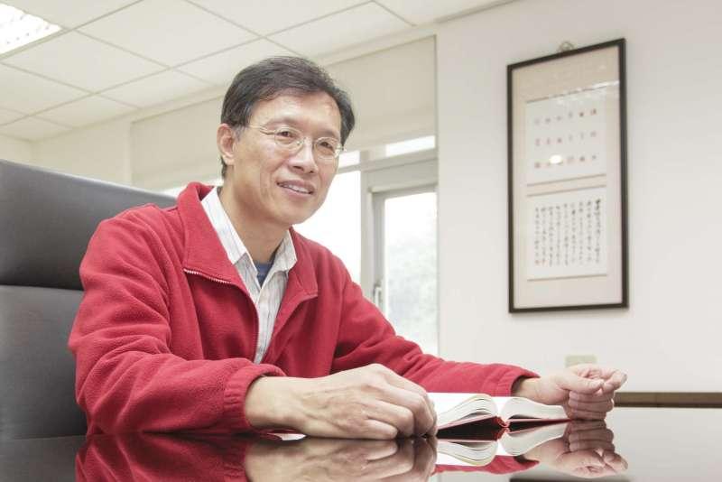 擔任中研院語言學研究所所長的林若望,研究語言學已經將近卅年,是國內少數精研「語意學」領域的學者。