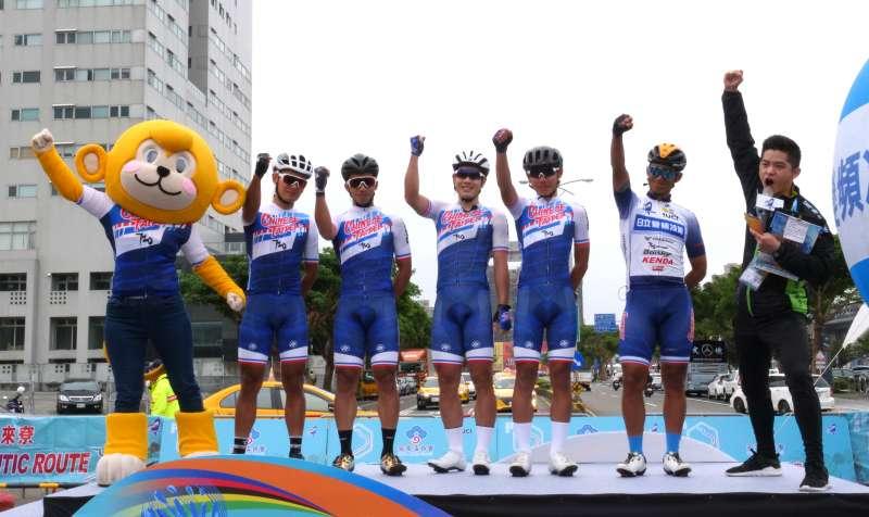 包括台灣隊在內的17支勁旅,挑戰橫跨竹苗中三縣市、長達158.5公里第三站賽程。(圖/新竹縣政府提供)