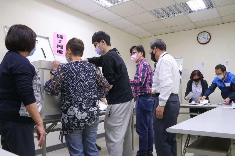 20200307-國民黨主席補選開票作業。(顏麟宇攝)