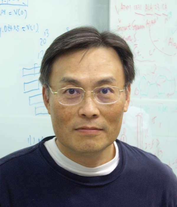 中研院研究員、物理與資訊基因體學專題中心執行長楊安綏(中研院)