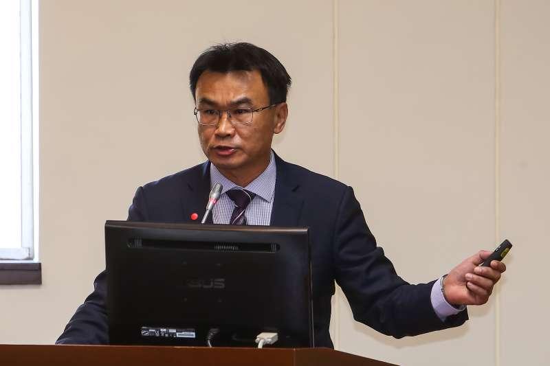 20200316-農委會主委陳吉仲16日於經濟委員會進行報告。(顏麟宇攝)
