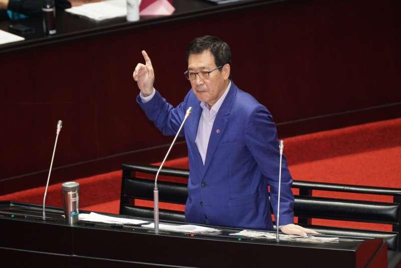 20200317-立委費鴻泰17日於立院院會質詢。(盧逸峰攝)
