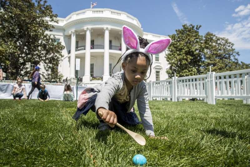 復活節滾彩蛋活動,是白宮一年一度的盛事(AP)