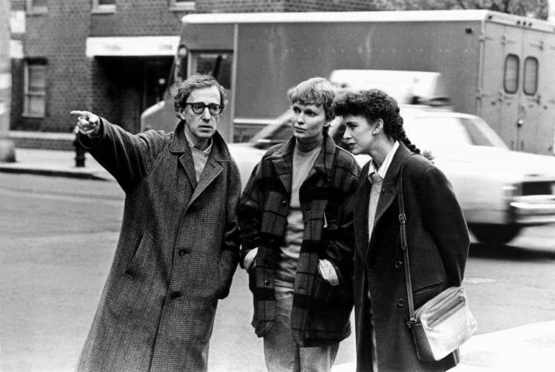 伍迪艾倫與前女友米亞1992年合拍喜劇《賢伉儷》。(圖/IMDb)