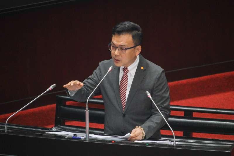 20200331-立委鄭正鈐於立院進行一會期第六次會議質詢。 (蔡親傑攝)