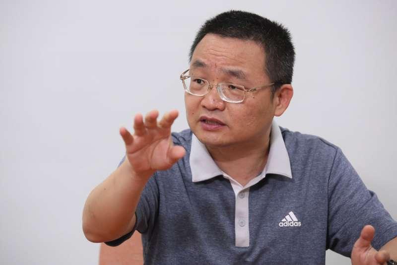成立投顧公司為人代操,朋友笑說廖國峰是「為了喝牛奶養了一頭牛」。(柯承惠攝)