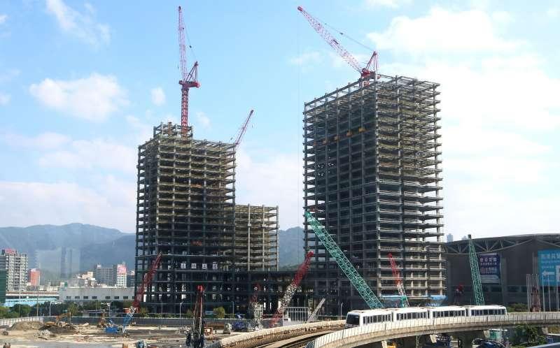 目前北台灣新建案市場起伏,幾乎完全隨著疫情搖擺。(林瑞慶攝)
