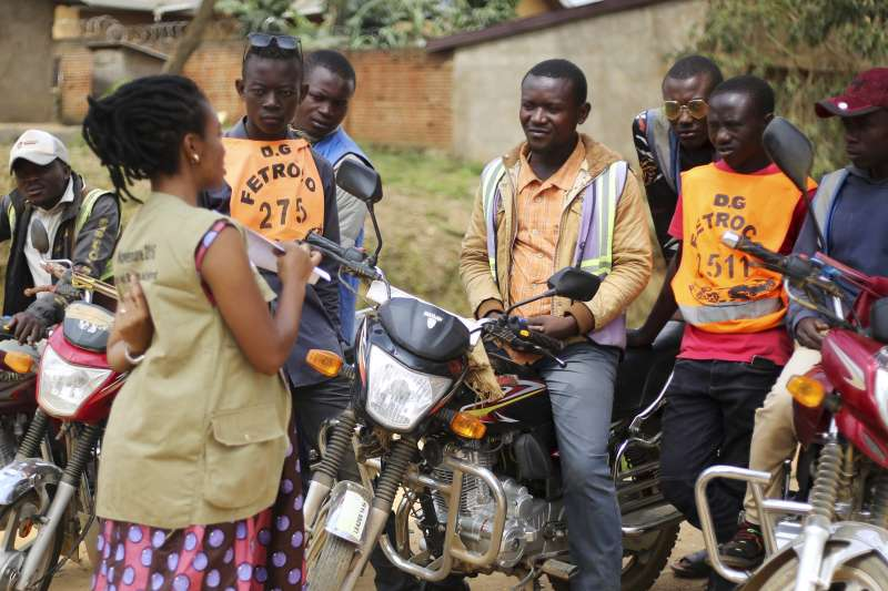 2020年4月,非洲剛果民主共和國同時面臨伊波拉病毒、新冠病毒疫情肆虐(AP)
