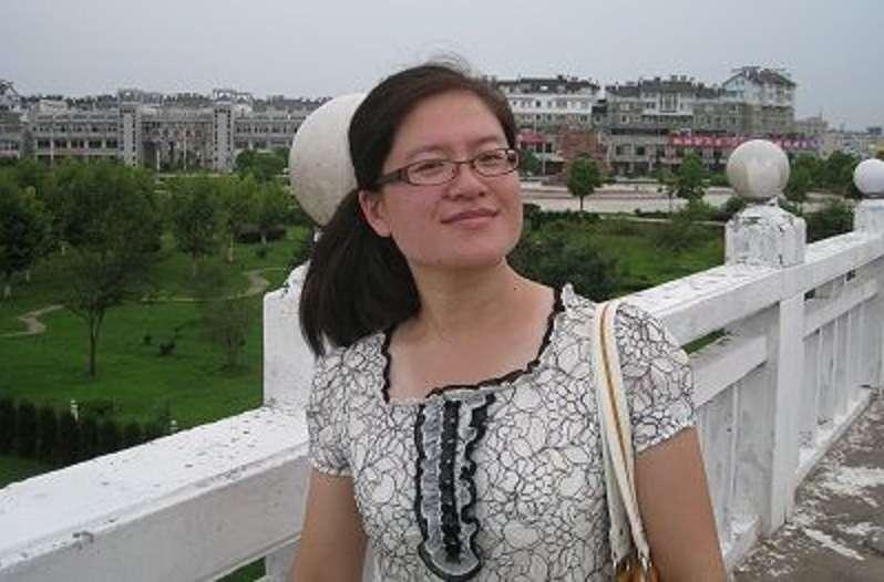 被吊照十年的中國維權律師劉巍。